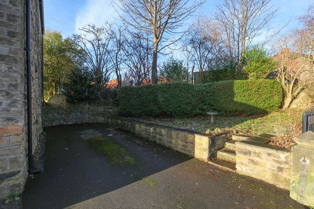 Cobden view road sheffield s10 4 bedroom detached house for Timetable 85 sheffield
