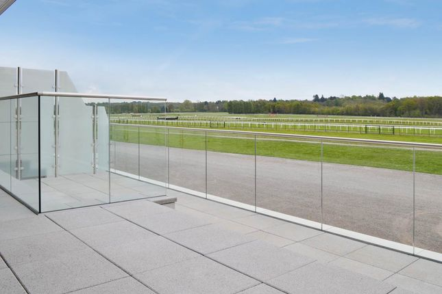 Thumbnail Flat to rent in Challow House, Newbury Race Course, Newbury