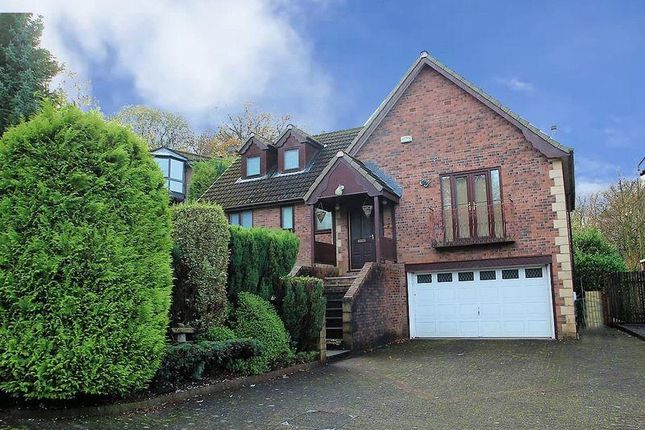Thumbnail Detached house to rent in Footwood Crescent, Shawclough