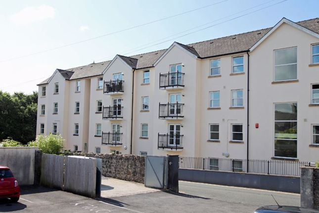 2 bed flat for sale in Hafan Tywi, The Parade, Carmarthen SA31