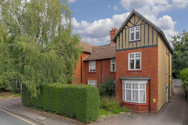 1 bed flat for sale in Worple Road, Epsom KT18