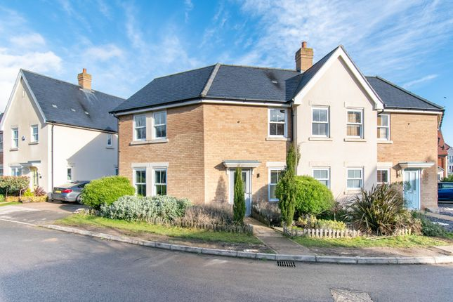 3 bed semi-detached house for sale in Maunder Avenue, Biggleswade SG18
