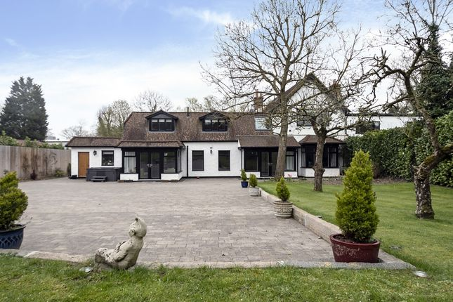 Thumbnail Farm to rent in Hermitage Cottages, Clamp Hill, Stanmore