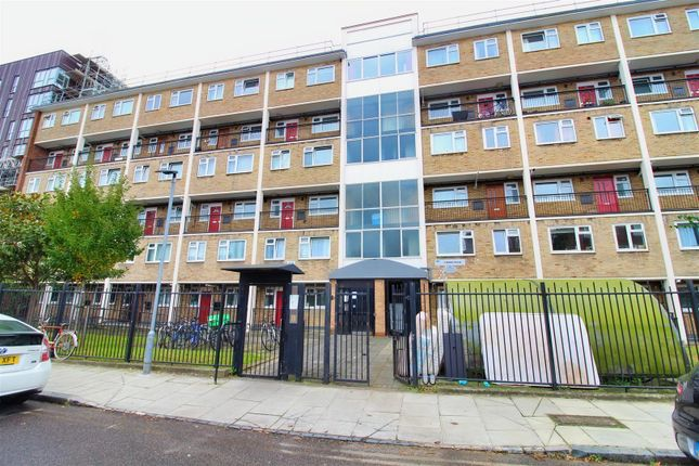 3 bed flat for sale in Nelson Gardens, London E2