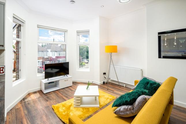 Thumbnail Flat to rent in Green Lanes, London, London