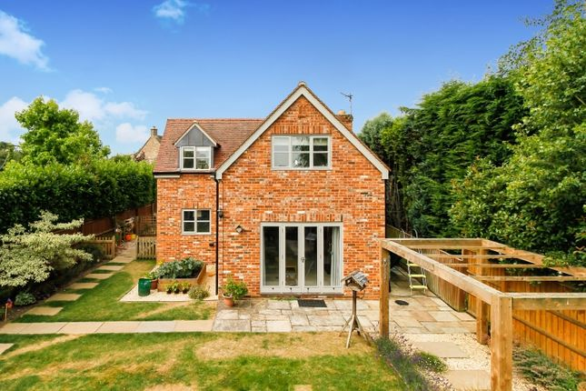 Thumbnail Property to rent in Pigeon House Lane, Freeland, Witney