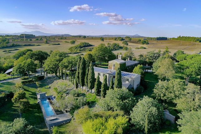 Thumbnail Country house for sale in Via Delle Acque, Orvieto, Umbria
