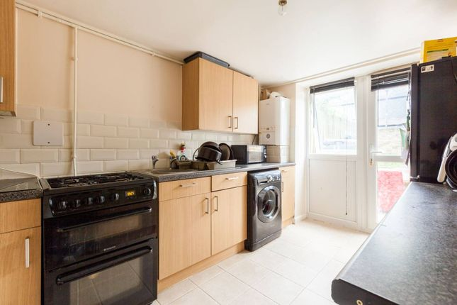 Thumbnail Property to rent in Evandale Road, Brixton, London