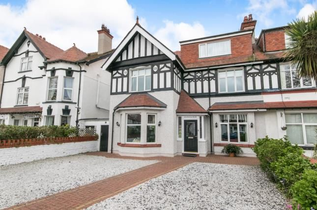 Thumbnail Hotel/guest house for sale in St. Davids Road, Llandudno, Conwy, North Wales