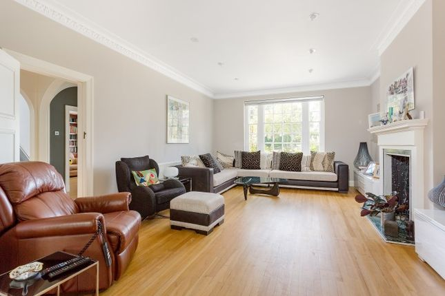 10-Holne-Chase-London-England-10-Small