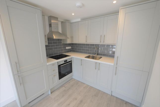 Thumbnail Flat to rent in Skyline Court, High Street, Ongar