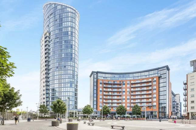 Thumbnail Flat for sale in Portsmouth, Hampshire, United Kingdom