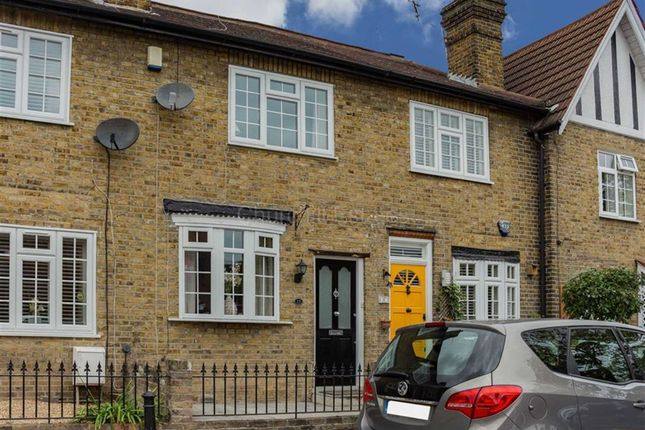 2 bed cottage for sale in Clifton Road, Loughton, Essex