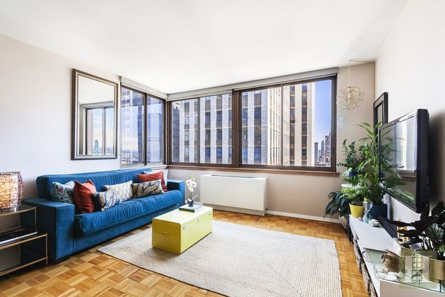 Apartment for sale in 235 East 40th Street 32E, New York, New York, United States Of America