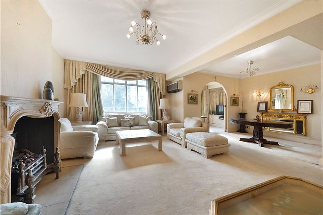 Thumbnail Flat for sale in Maitland Court, Lancaster Terrace, London