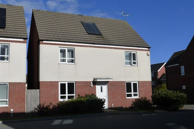 4 bed property to rent in Nairn Grove, Broughton Chase, Milton Keynes
