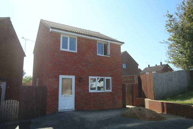 Thumbnail Detached house to rent in Bentley Road, Uttoxeter