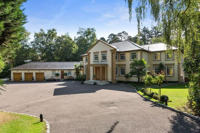 Thumbnail Property to rent in Golf Club Road, St Georges Hill, Weybridge, Surrey