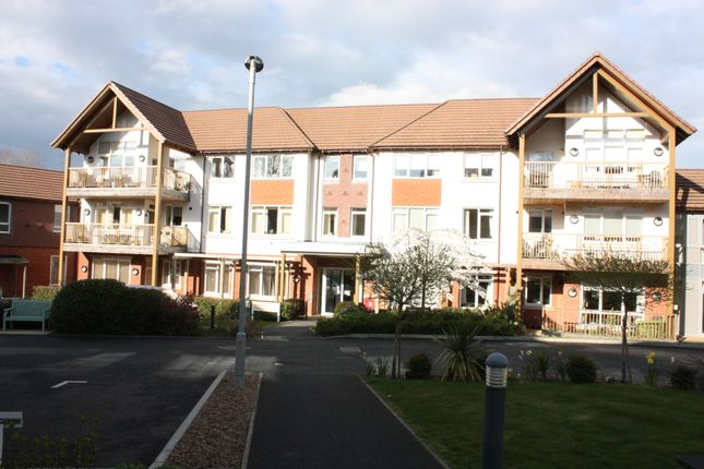 Thumbnail Flat for sale in 9 Fonteyn House, Charters Village, East Grinstead, West Sussex