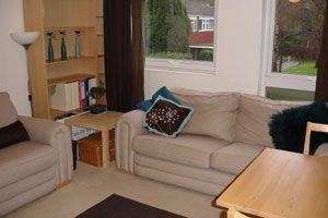Lounge of Woodpecker Mount, Pixton Way, Croydon CR0
