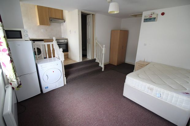 Studio to rent in Flat 3, 2 West Luton Place, Adamsdown, Cardiff CF24