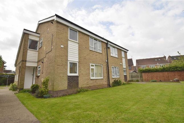 Thumbnail Flat to rent in Poplar Court, Leads Road, Hull