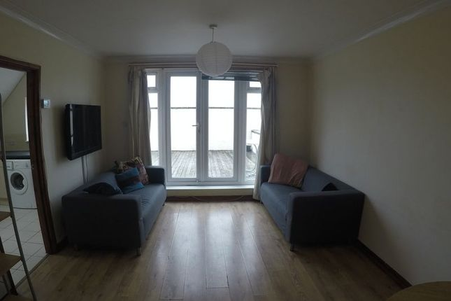 Thumbnail Flat to rent in Brassey Road, Winton, Bournemouth