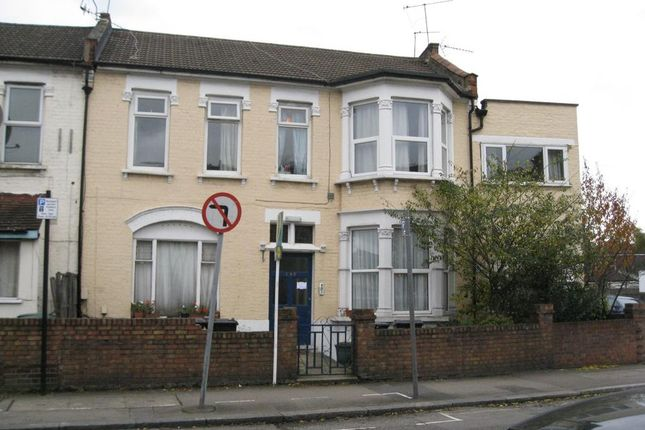 Thumbnail Property for sale in Wightman Road, Finsbury Park, London