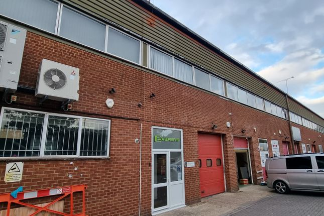 Thumbnail Industrial to let in Unit 8, Stanley Centre, Crawley
