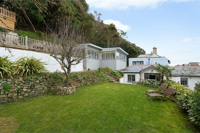Thumbnail Detached house for sale in Radnor Cliff, Folkestone