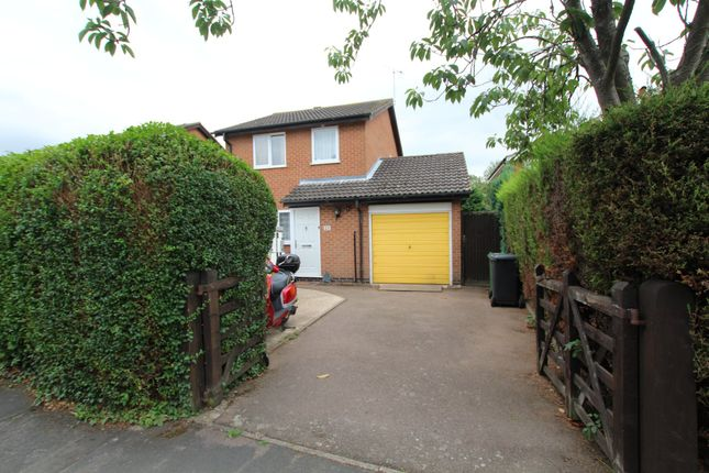 Thumbnail 3 bed detached house for sale in Ruskin Avenue, Syston, Leicester