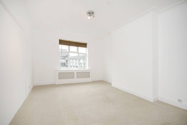 Thumbnail Flat to rent in Golders Green Road, Golders Green