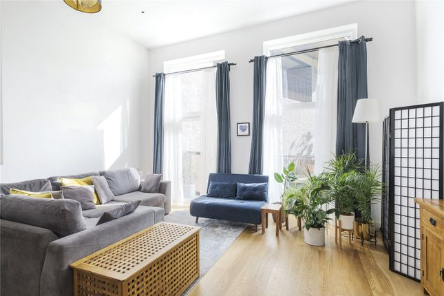 3 bed flat for sale in Maud Street, London E16