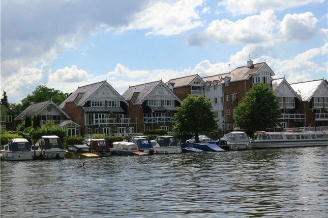 Thumbnail Flat for sale in Boathouse Reach, Henley-On-Thames, Oxfordshire