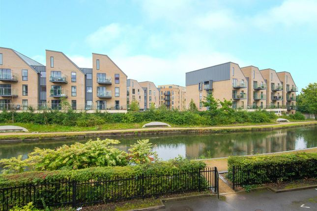 4 bed flat for sale in Chantry Close, Yiewsley, West Drayton