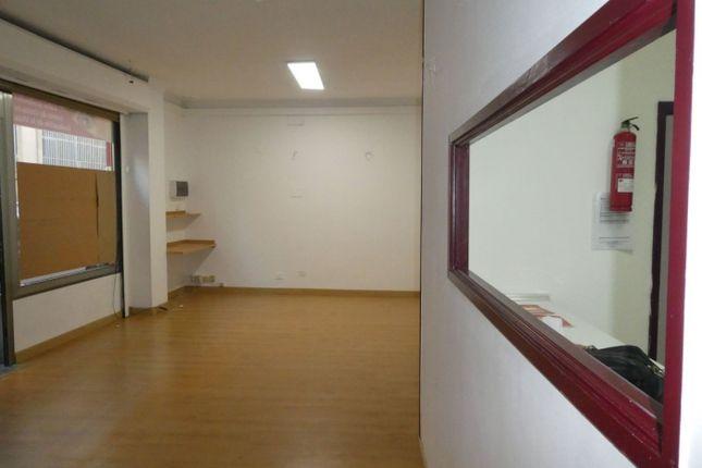 Thumbnail Commercial property for sale in Calle Granadera Canaria, 26, 35001 Las Palmas De Gran Canaria, Las Palmas, Spain