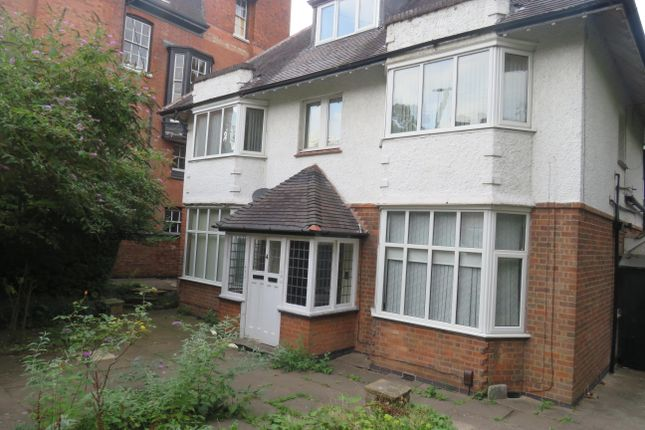 Thumbnail Semi-detached house to rent in Albert Road, Leicester