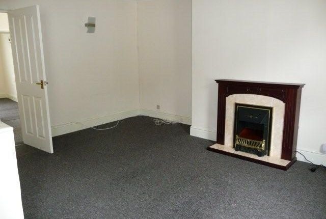 Thumbnail Maisonette to rent in Mount Folly Square, Bodmin