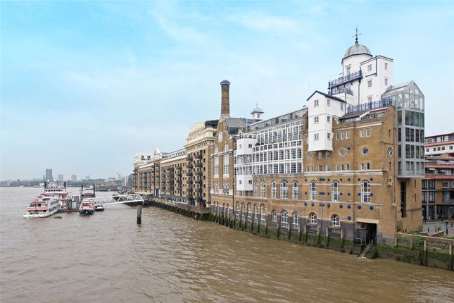 Picture No. 50 of The High Command, Anchor Brewhouse, Shad Thames, London SE1