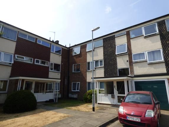 Thumbnail Flat for sale in Cliftonville Court, Cliftonville, Northampton, Northamptonshire