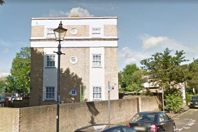 Thumbnail Flat to rent in Bishops Way, London