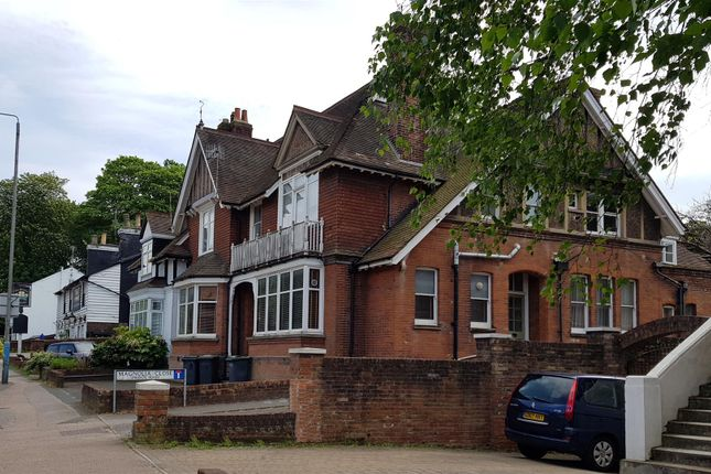 Thumbnail Flat for sale in Pembury Road, Tonbridge