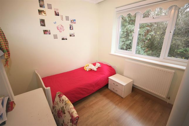 Bedroom 2: of Norfolk Close, Cockfosters, Barnet EN4