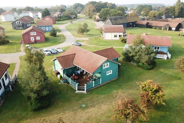 Thumbnail Lodge for sale in Caldecott Road, Fritton, Great Yarmouth
