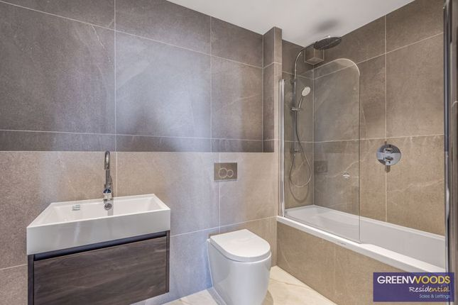Photo 13 of Canbury House, Selection Of 7 Luxury 1, 2 And 3 Bedroom Apartments, Richmond Road, North Kingston KT2