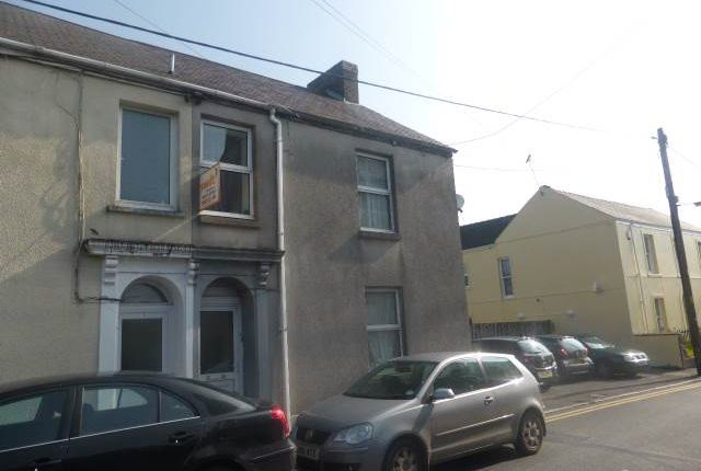 Thumbnail Property to rent in Picton Place, Carmarthen, Carmarthenshire