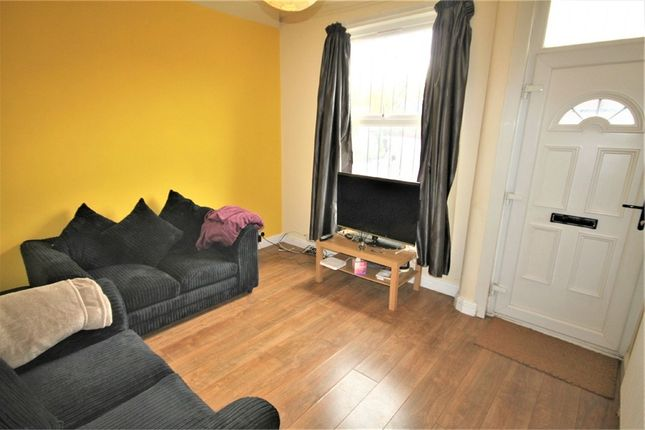 Thumbnail Terraced house to rent in Harold Terrace, Leeds, West Yorkshire