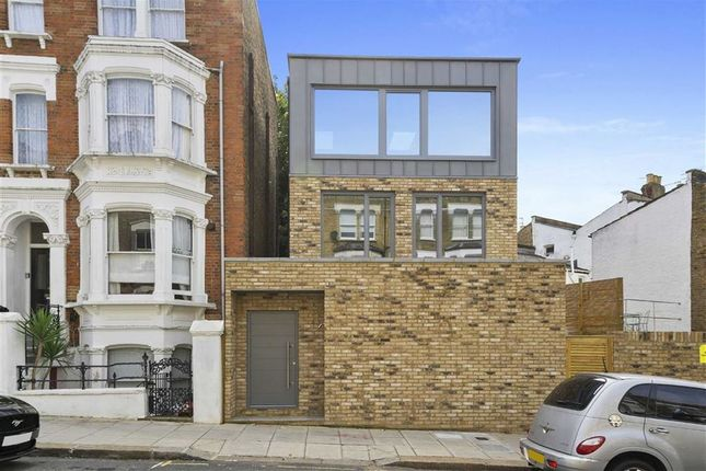Thumbnail Property to rent in Messina Avenue, London