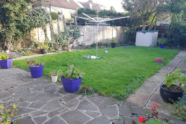 Thumbnail Detached bungalow to rent in The Brackens, Enfield