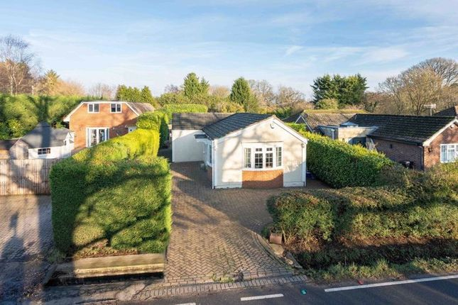3 bed detached bungalow for sale in Leigh Road, Betchworth RH3